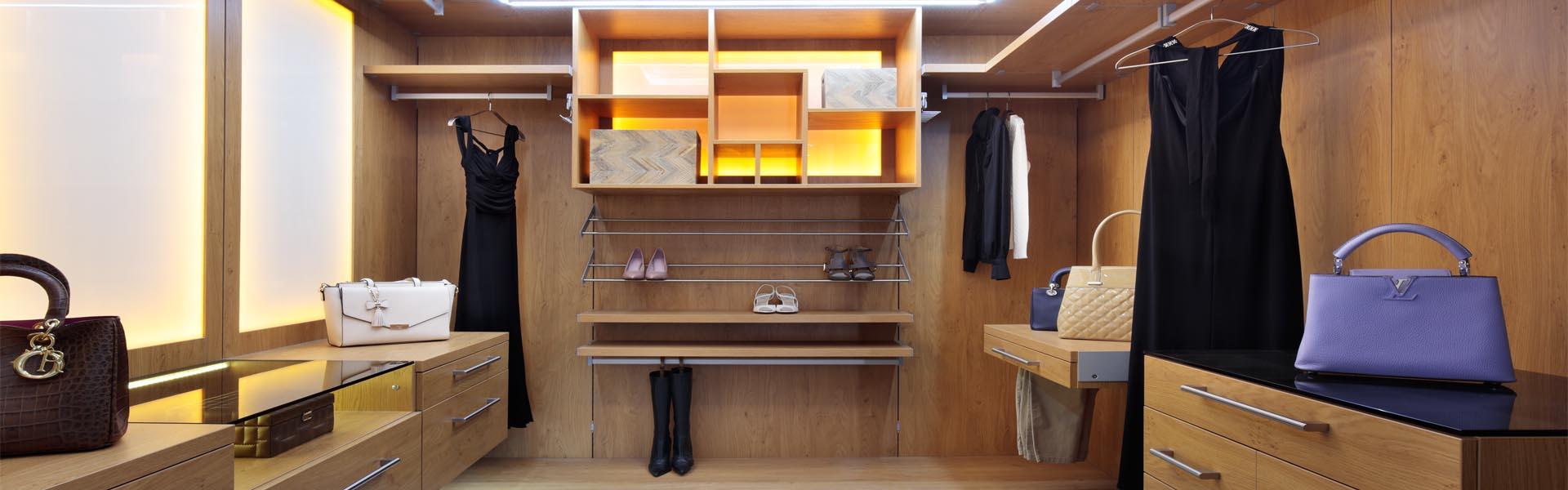Walk in wardrobes walk in wardrobes for Best walk in wardrobes