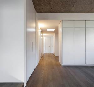 Walk in Wardrobes -  opening doors Wardrobes - white wardrobe