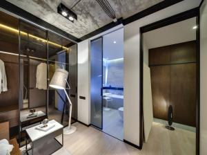 Walk-in Wardrobes -